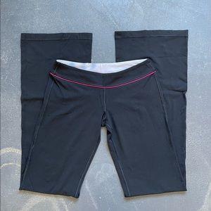 Lululemon Black Yoga Workout Pants 6 Tall